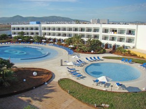 Grand Palladium Palace (Photo from Jet2Holidays)