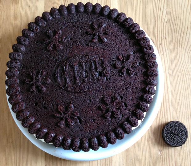 Home Made Oreo Cake Comparison